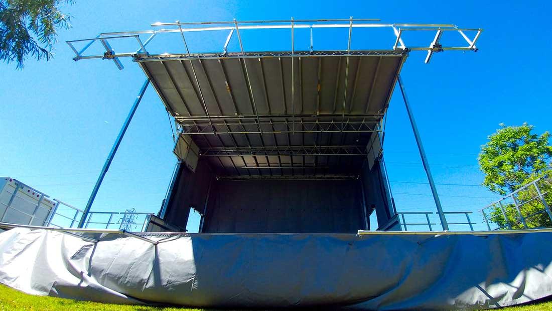 empty stageline